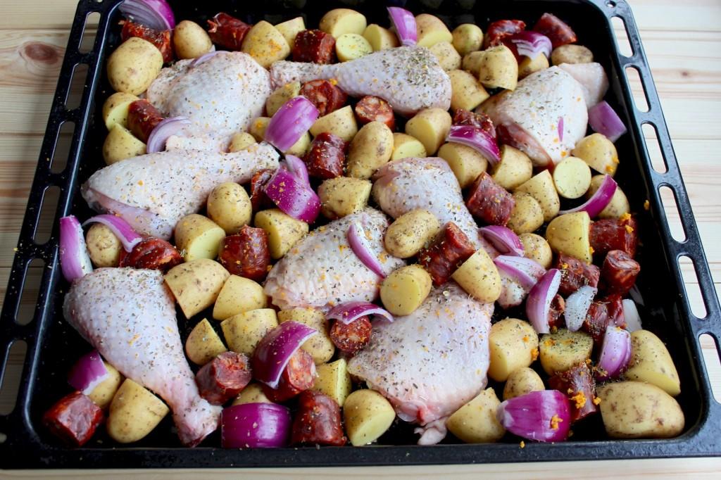 Kurczak pieczony z chorizo i młodymi ziemniaczkami 2