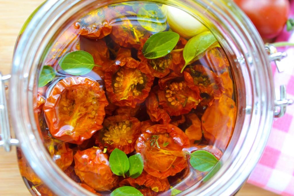 Długo suszone pomidorki cherry 1