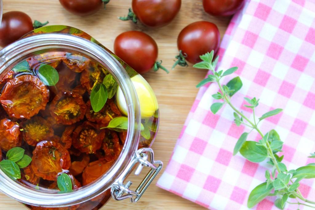Długo suszone pomidorki cherry 2