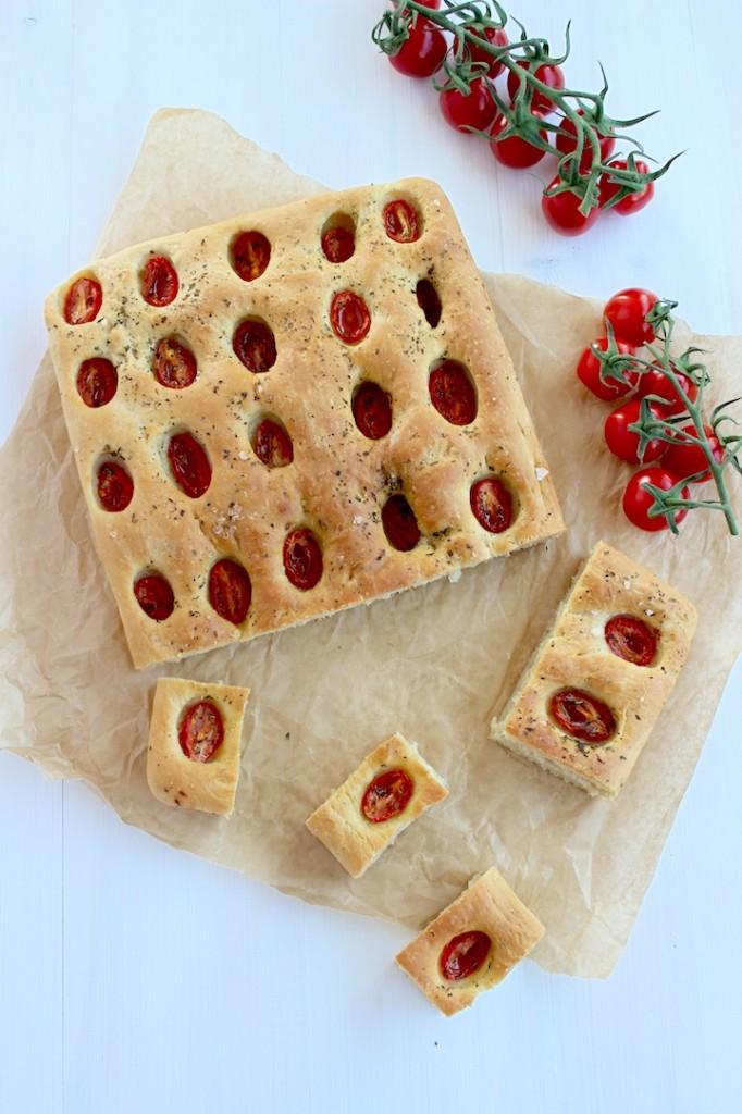 Focaccia z pomidorkami cherry 3