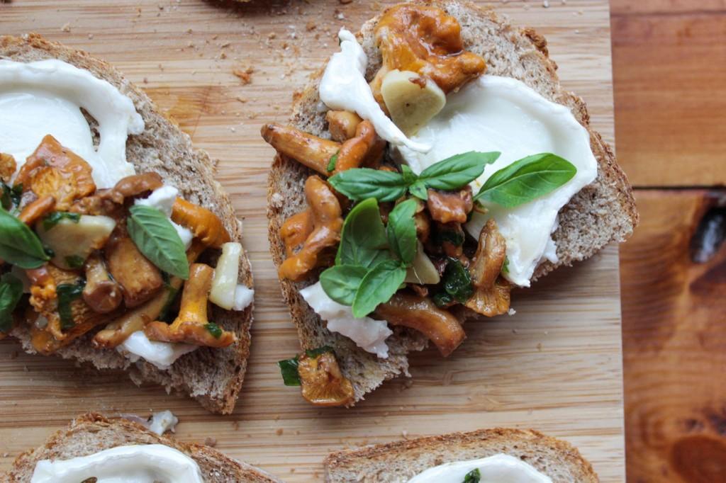 Kanapki z kurkami i serem kozim 3