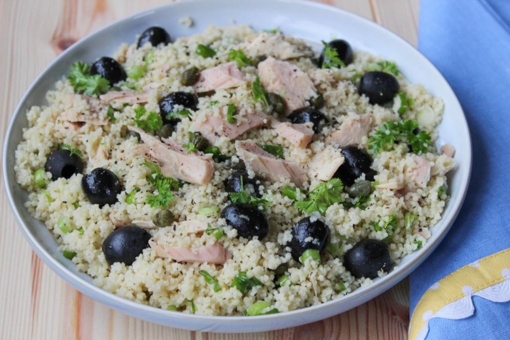 Salatka z kaszy kuskus i tuńczyka 1