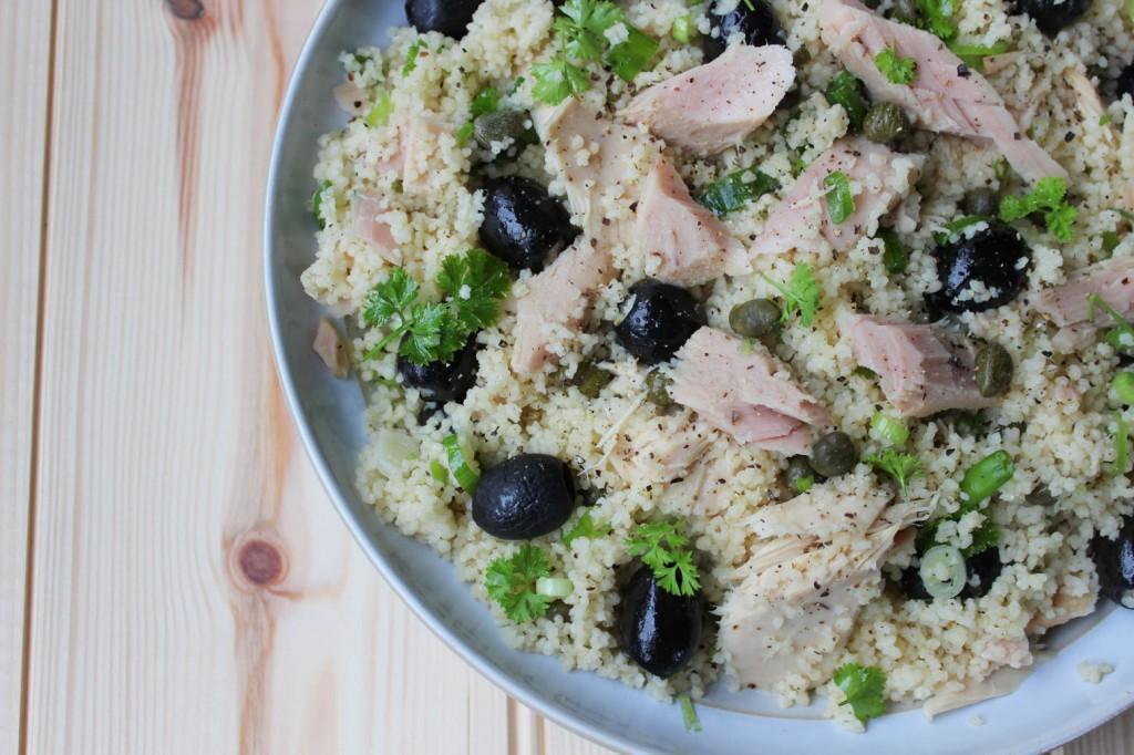 Salatka z kaszy kuskus i tuńczyka 2