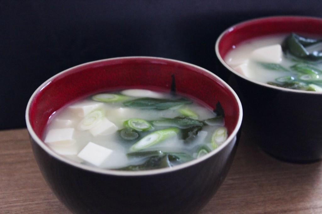 Zupa miso z glonami wakame 2