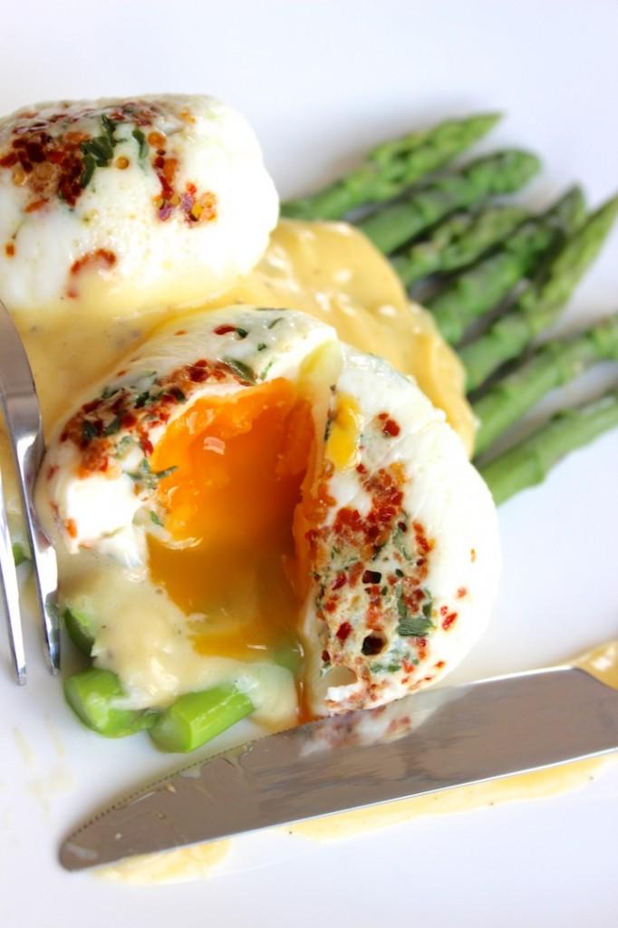 Jajka  koszulce na szparagach 2