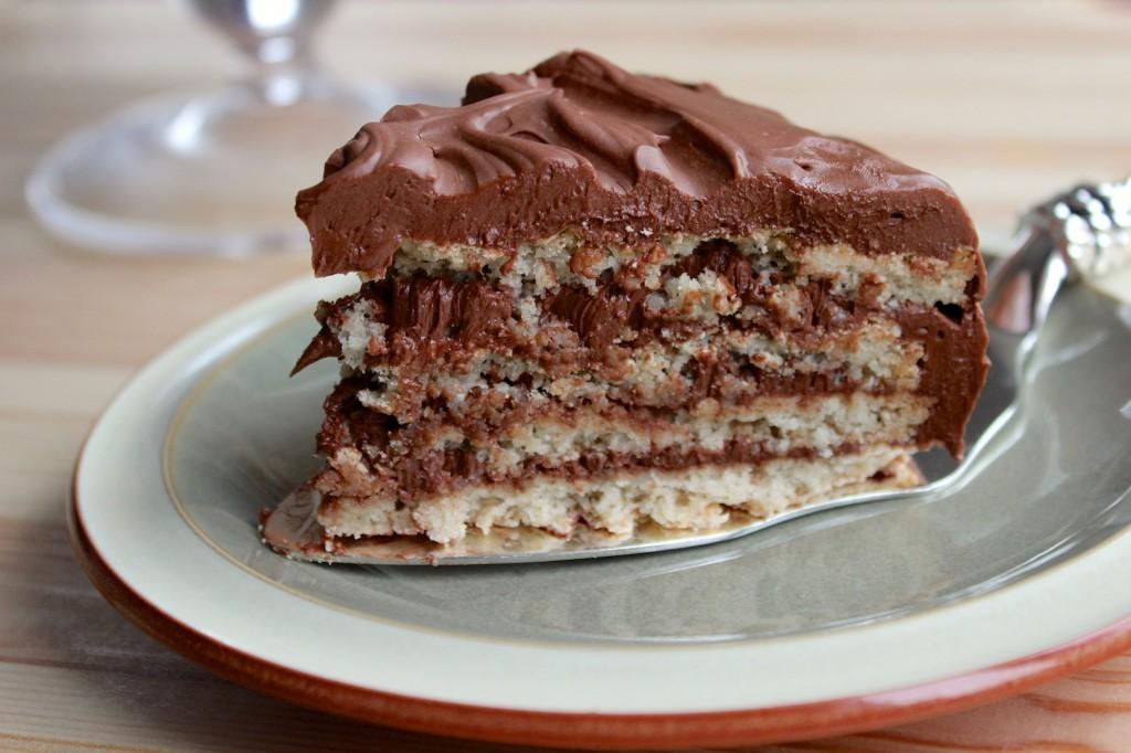 Migdałowy dacquoise z kremem czekoladowy 3