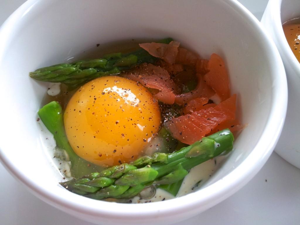 Jajka zapiekane w kokilkach 2