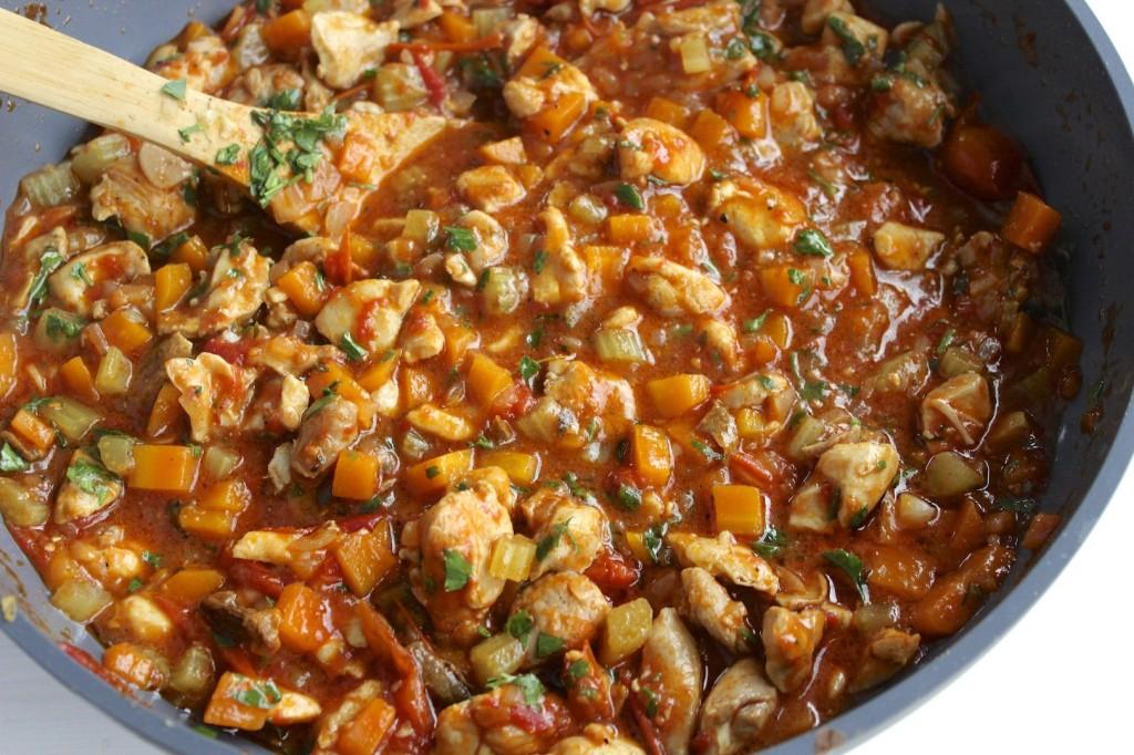 Kurczak z warzywami w pomidorach 2
