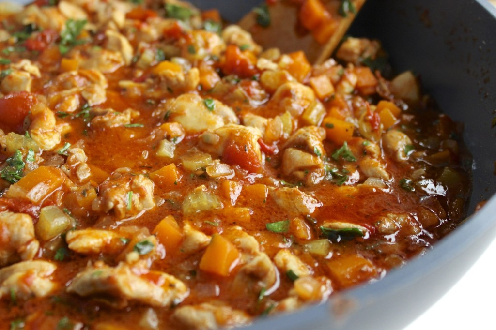 Kurczak z warzywami w pomidorach  1