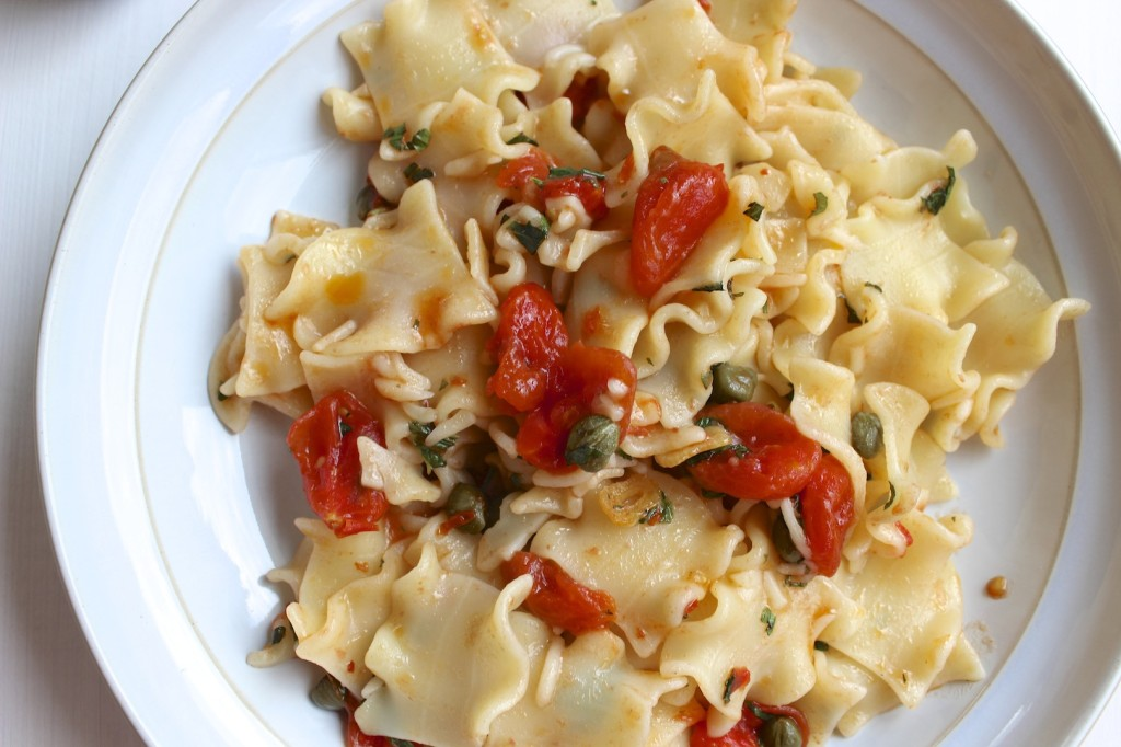 Makaron z pomidorkami 3