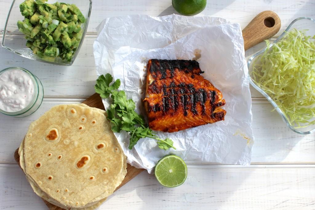 Taco z grillowanym łososiem i guacamole 2