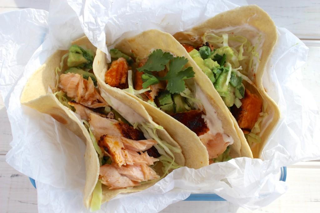Taco z grillowanym łososiem i guacamole 5