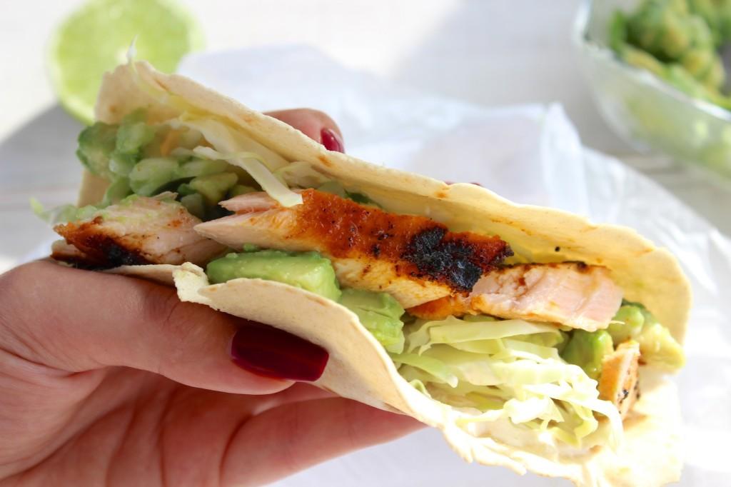 Taco z grillowanym łososiem i guacamole 6