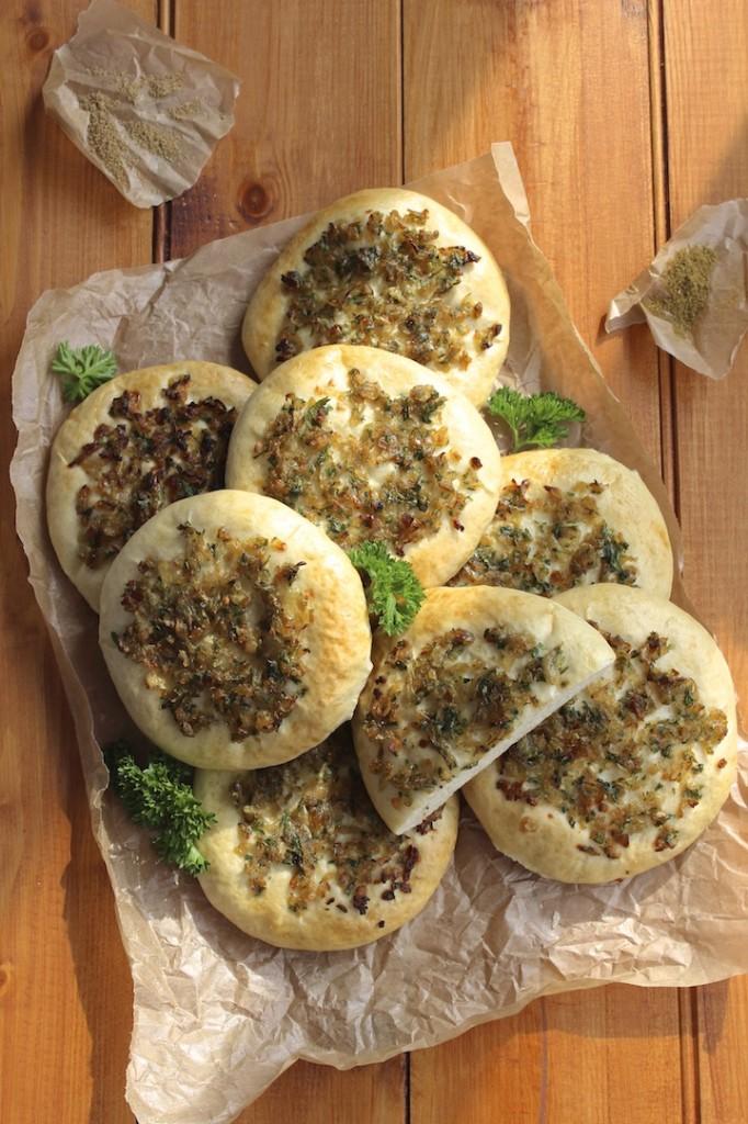 Chlebki z cebulka 2