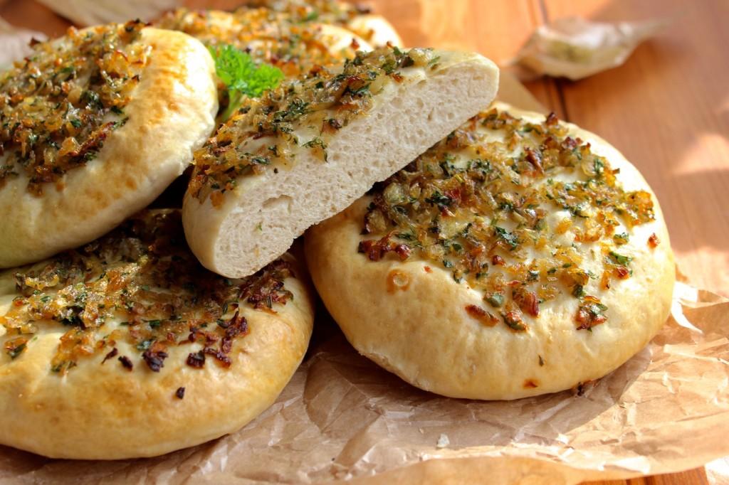Chlebki z cebulka 3