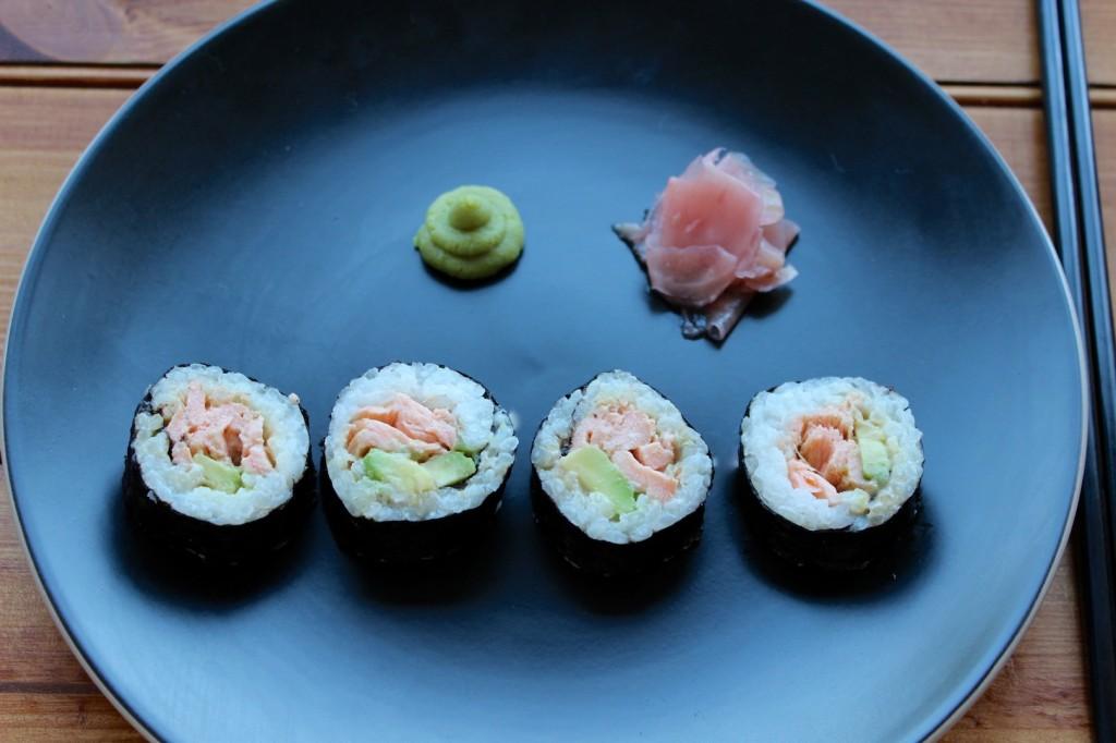 Sushi z pieczonym łososiem 1