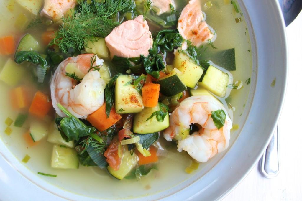 Zupa rybna z warzywami 1