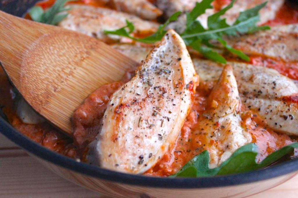 Kurczak w sosie pomidorowym  z mascarpone 2