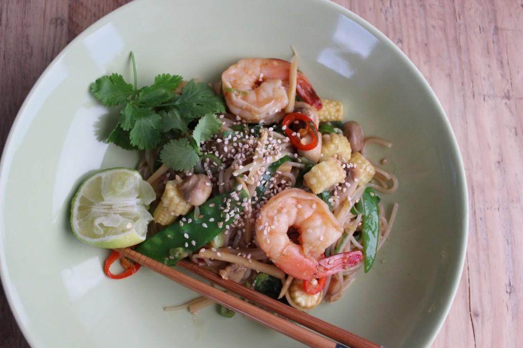 Stir-fry z makaronem ryżowym 2