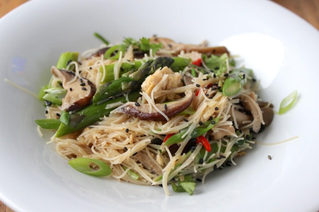 Makaron z grzybami i szparagami 3