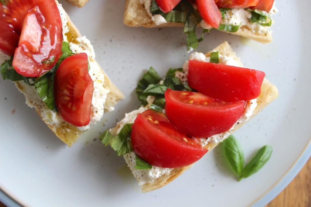 Bagietka z ricotta i pomidorami 3