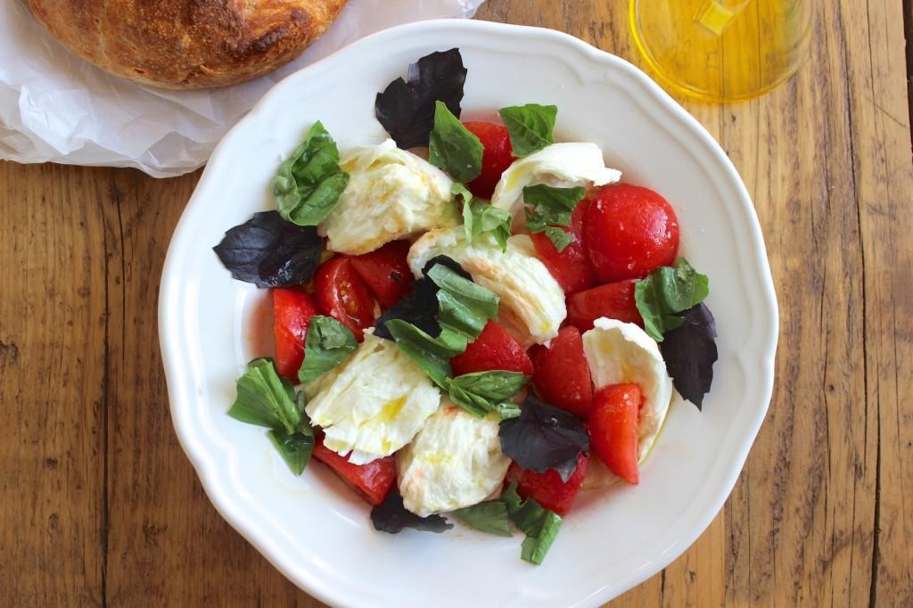 Caprese – Mozzarella z pomidorami 1