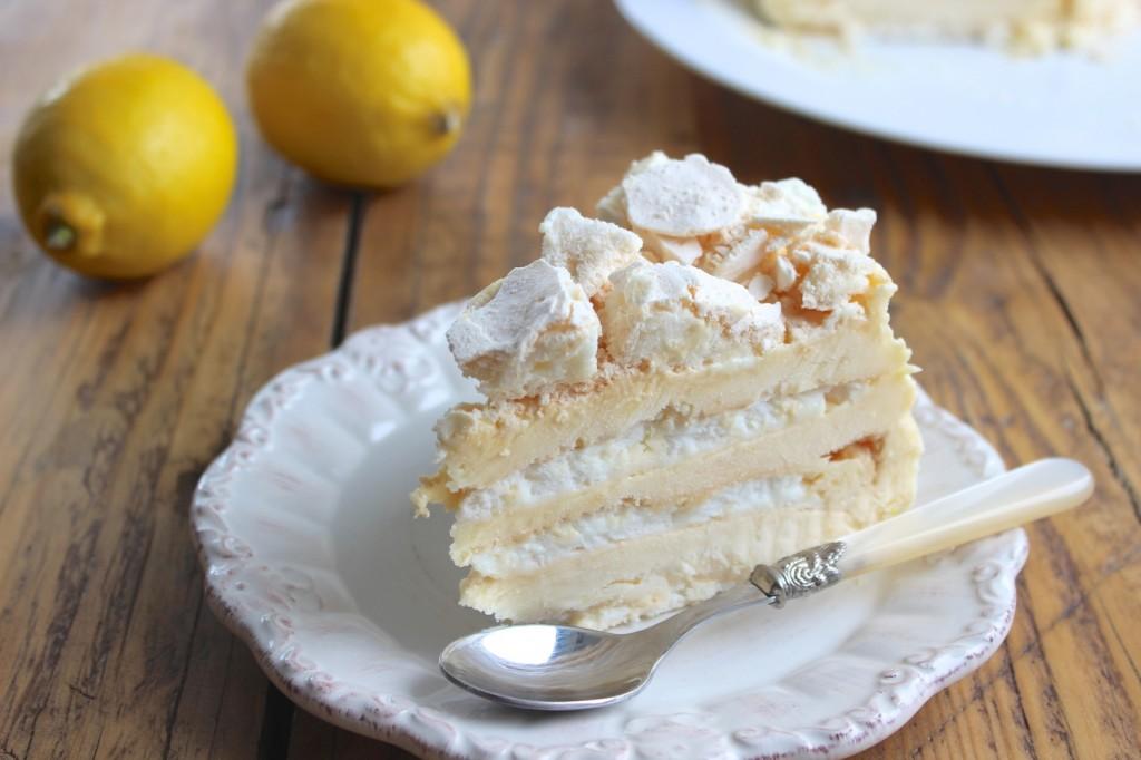 Cytrynowy mrożony tort bezowy 2