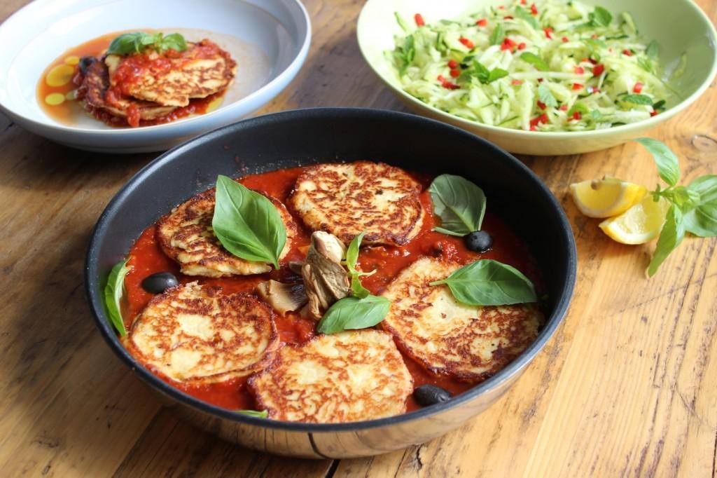 Racuchy z ricotty w sosie pomidorowym 1