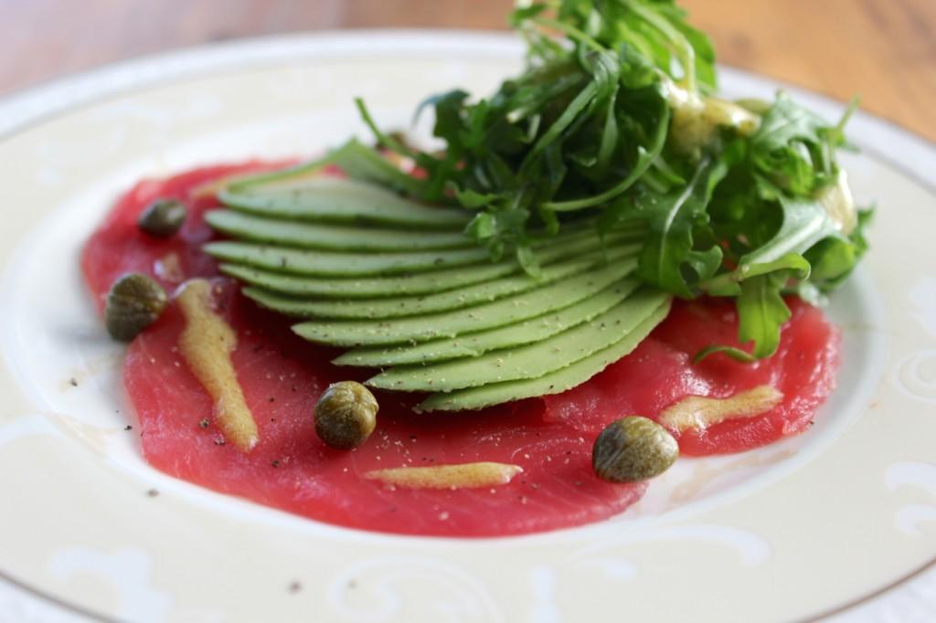 Carpaccio z tuńczyka z awokado 3