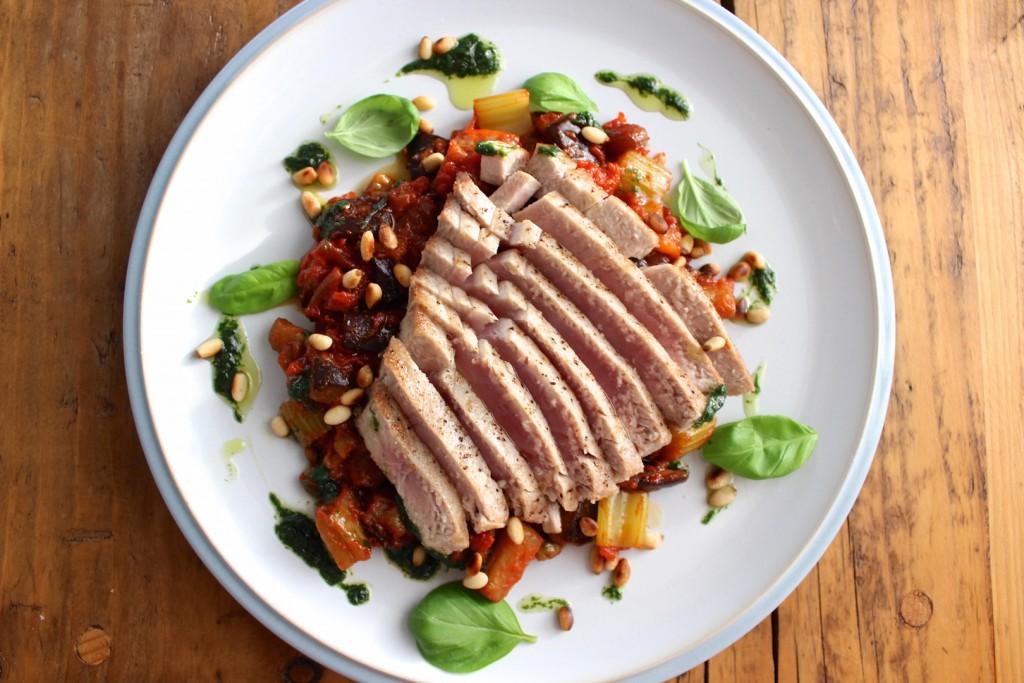 Stek z tuńczyka z caponatą 2