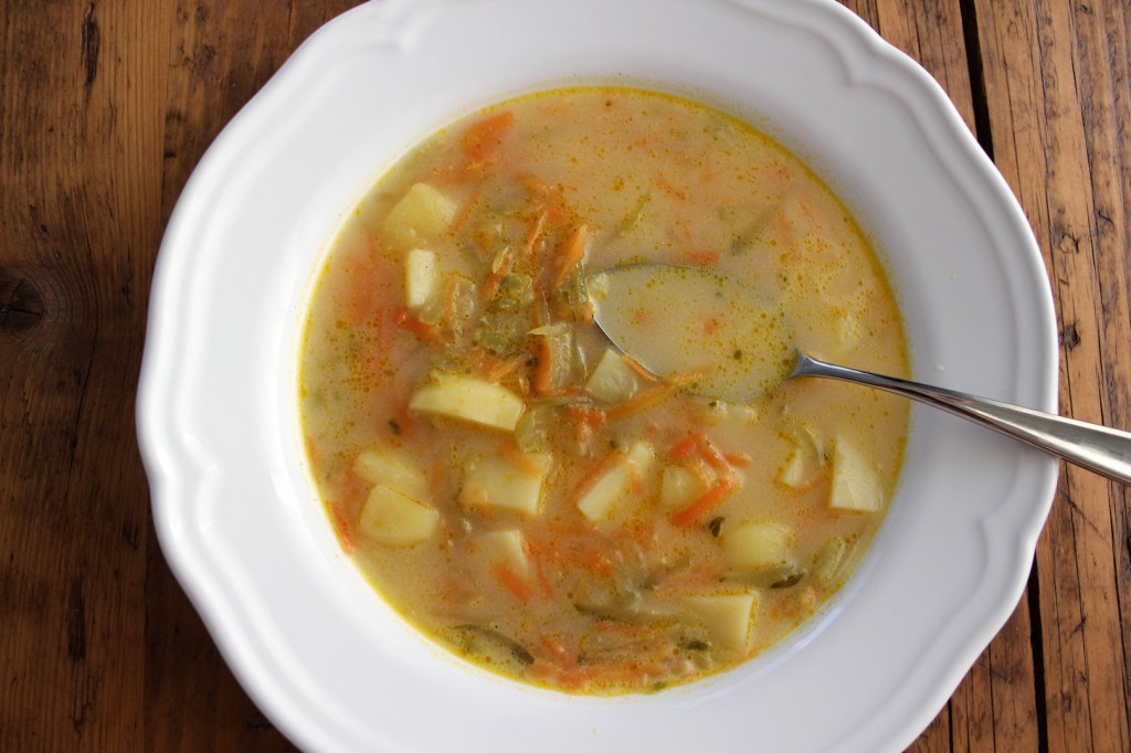 Zupa ogórkowa wege 1