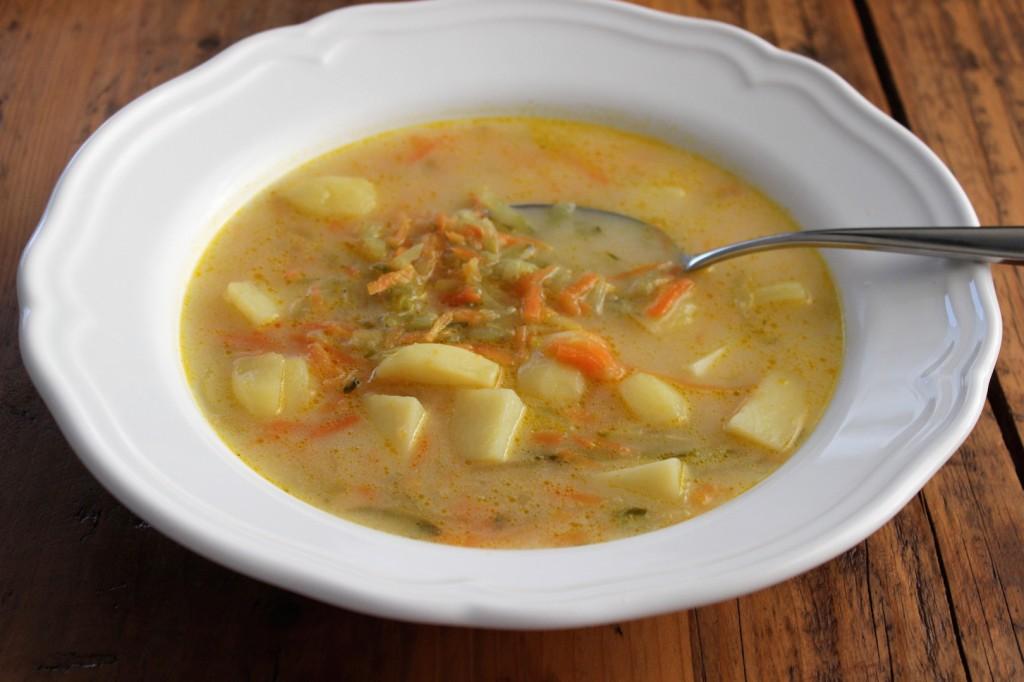Zupa ogórkowa wege 2