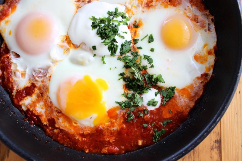 Jajka w sosie pomidorowym 3