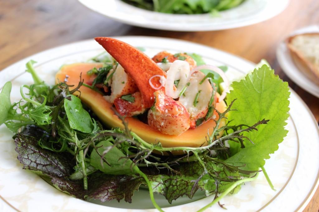 Sałatka z papają i homarem 4