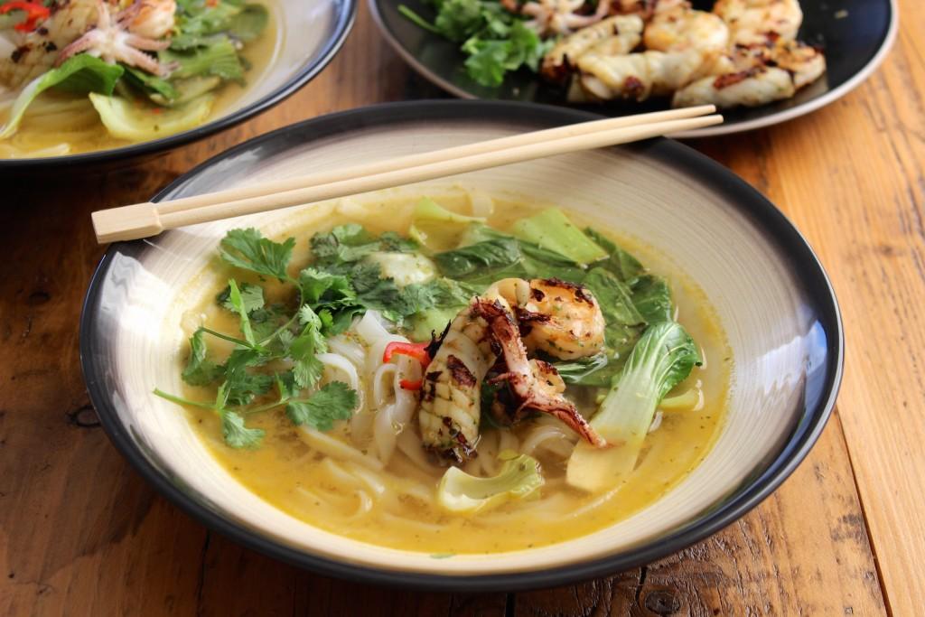 Tajska zupa z owocami morza 1