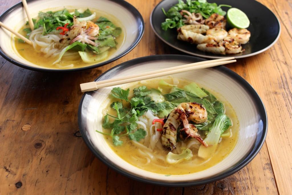 Tajska zupa z owocami morza 4