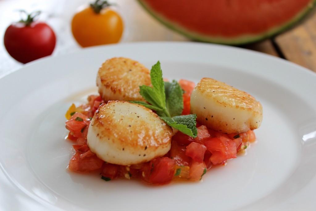 Przegrzebki z salsą arbuzowo-pomidorową 1