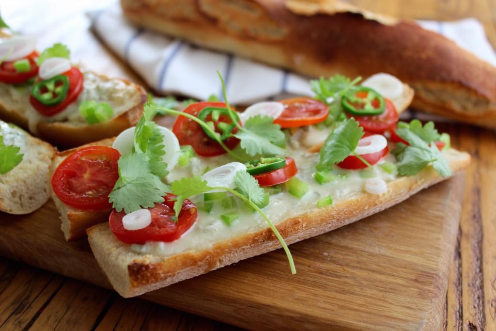 Zapiekanki z gorgonzolą i pomidorem 2