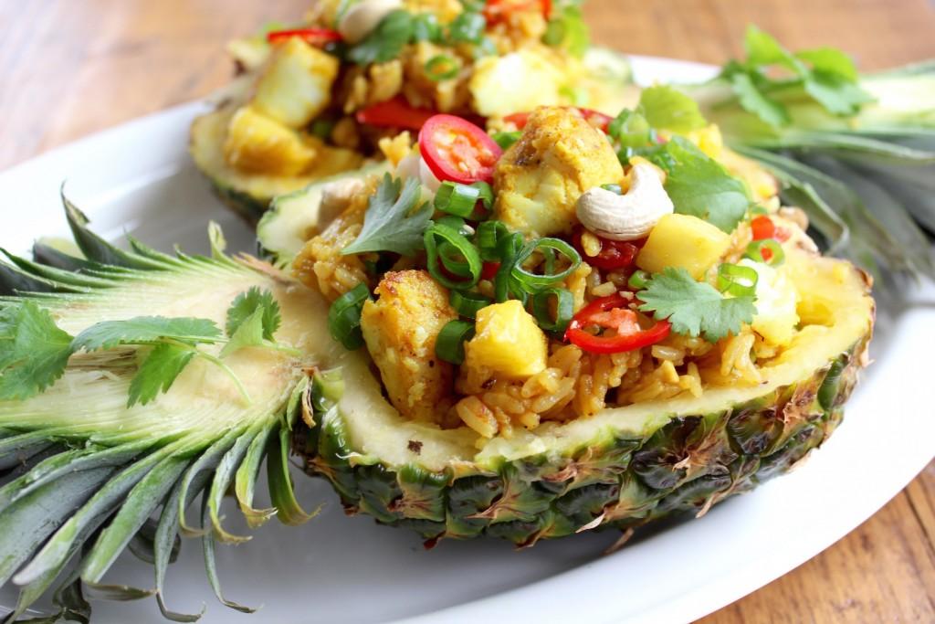 Ryż smażony z ananasem i dorszem 4