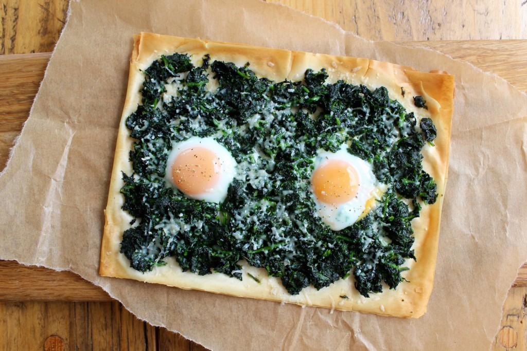 Tarta ze szpinakiem, parmezanem i jajkami 2