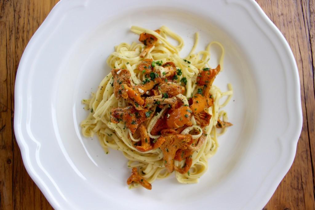 Makaron z kurkami w sosie z białego wina 4